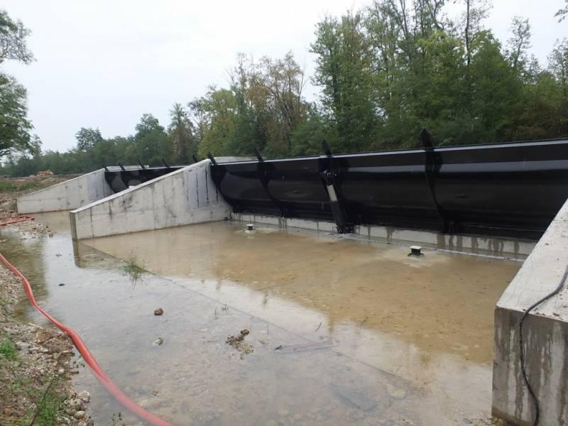 Vannes du barrage du Moulin Brulé