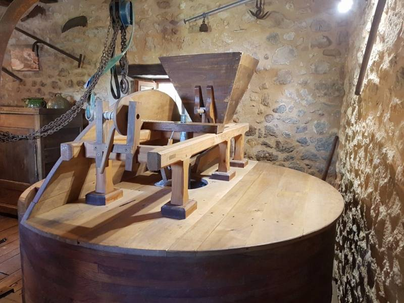 CAMPSEGRET - Archure (charentaise) trémie, babillard du Moulin de Lafargue
