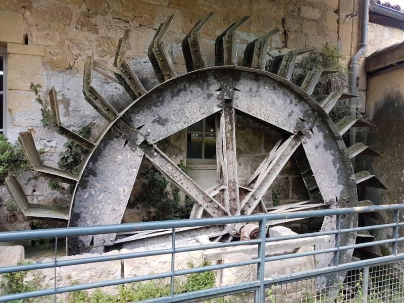 COUZE-ET-SAINT-FRONT - Roue moulin de La Rouzique