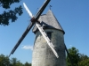 Le Moulin à vent de la Tour Blanche retourne...